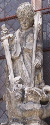 Statue_de_saint_Loup.jpeg